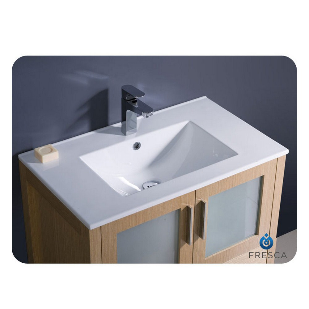 "Modern Bathroom Undermount Sinks fresca torino 30"" light oak modern bathroom vanity with undermount"
