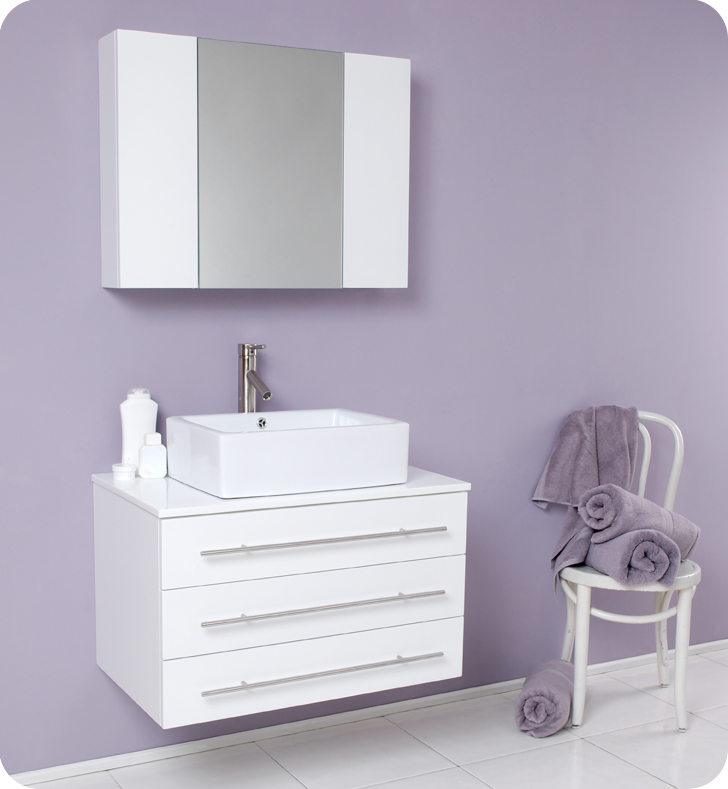 Modello 32 inch White Modern Bathroom Vanity with Medicine Cabinet