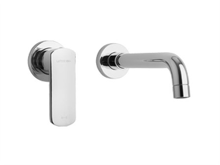 Single Handle Wall-mount Lavatory Faucet in Chrome