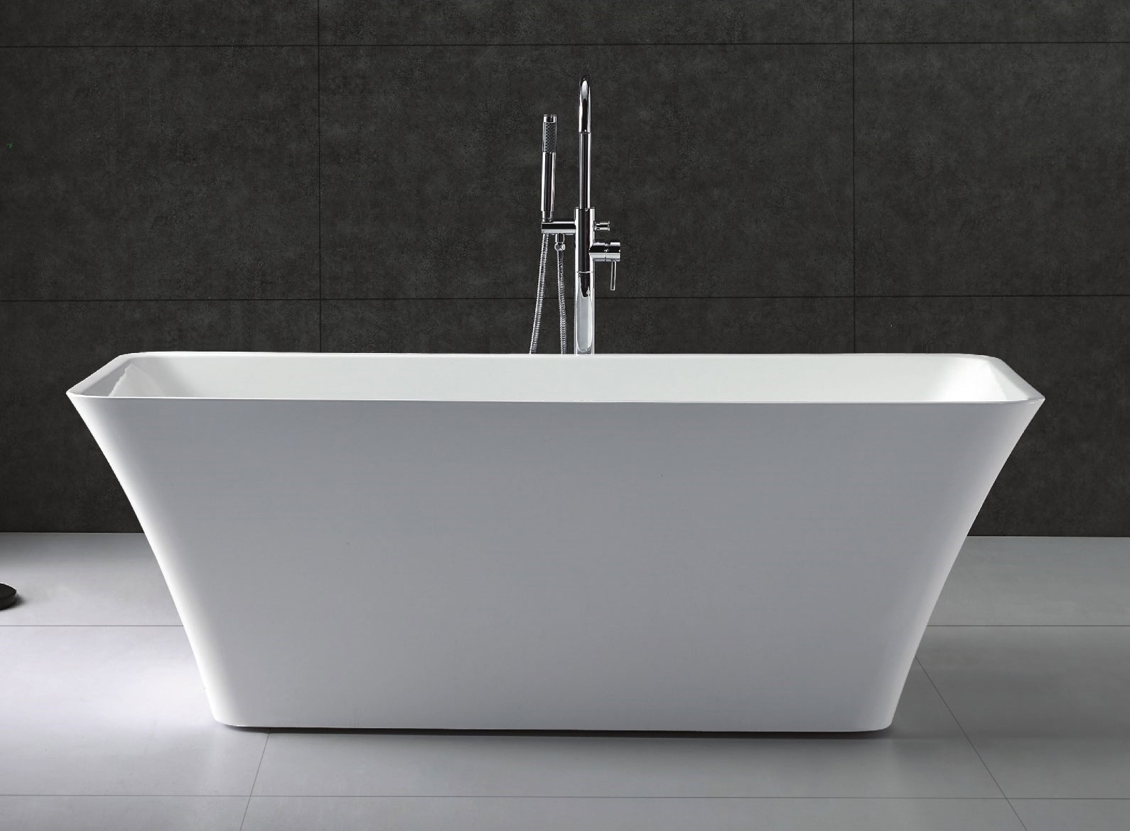 Virtu serenity 67 white free standing soaking bathtub for Free standing soaking tub