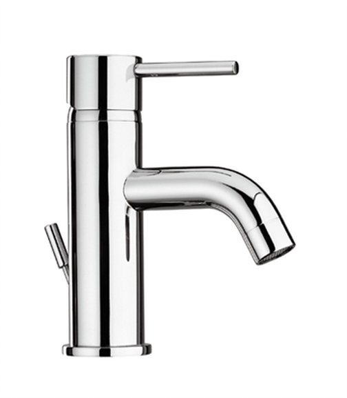 Single Handle Lavatory Faucet in Chrome Finish