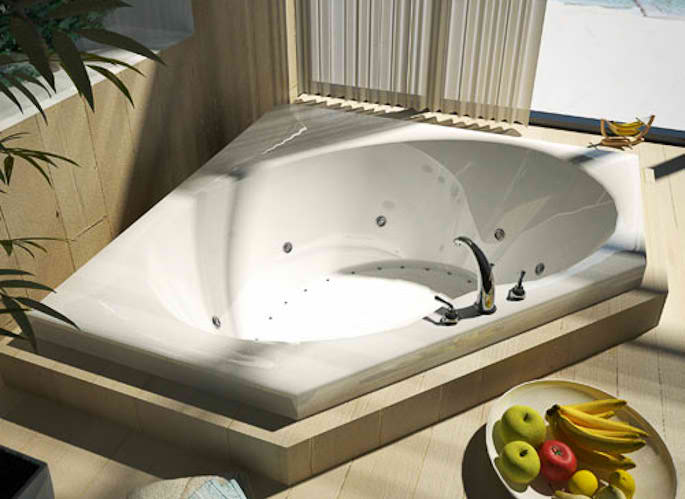 Whirlpools 60 x 60 Corner Soaking Bathtub in High Gloss Lucite Finish
