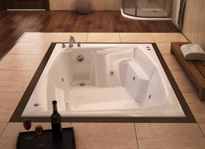 Whirlpools 54 x 72 Rectangular Soaking Bathtub