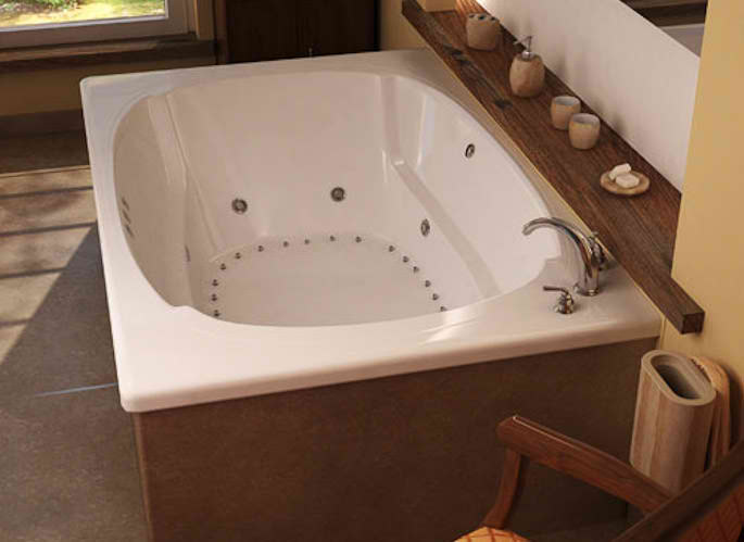 Whirlpools 48 x 72 Rectangular Soaking Bathtub
