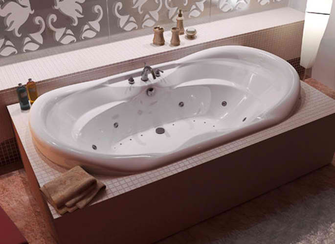 Whirlpools 41 x 70 Oval Soaking Bathtub