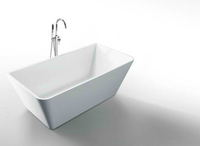 Whirlpools 32 x 67 Rectangle Acrylic Freestanding Bathtub